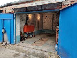 Продается место в гаражном кооперативе под легковое авто на 36 кв. м