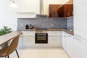 Продается 1-комнатная квартира 41.8 кв. м в Киеве