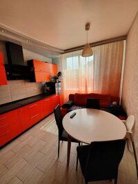 Продается 2-комнатная квартира 76 кв. м в Киеве