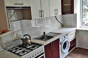 Сдается в аренду 3-комнатная квартира 63 кв. м в Ровно