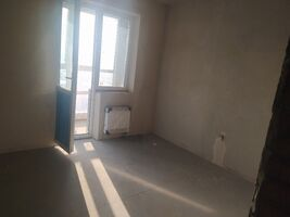 Продается 3-комнатная квартира 81.9 кв. м в Киеве