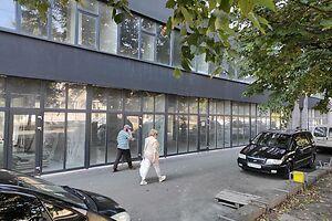 Продається об'єкт сфери послуг 19.8 кв. м в 7-поверховій будівлі