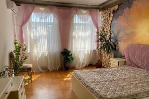 Продається 4-кімнатна квартира 86 кв. м у Дніпрі
