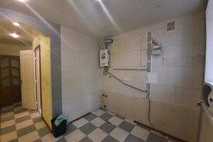 Продается 2-комнатная квартира 44 кв. м в Полтаве