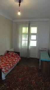 Продается 2-комнатная квартира 62 кв. м в Кривом Роге