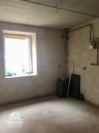 Продається 2-кімнатна квартира 58 кв. м у Тернополі