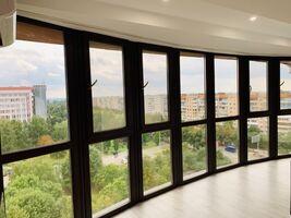 Продается 2-комнатная квартира 79 кв. м в Ровно