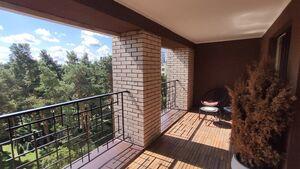 Продається 2-кімнатна квартира 67.29 кв. м у Ірпені