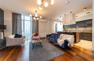 Продається 2-кімнатна квартира 92 кв. м у Києві
