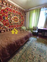 Продается 4-комнатная квартира 60 кв. м в Полтаве