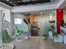 Здається в оренду офіс 1600 кв. м в нежитловому приміщені в житловому будинку