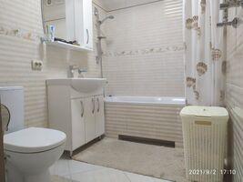 Продается 2-комнатная квартира 56 кв. м в Черкассах