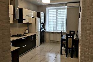 Сдается в аренду 2-комнатная квартира 73 кв. м в Ровно