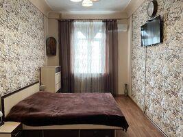 Продается 4-комнатная квартира 100 кв. м в Харькове