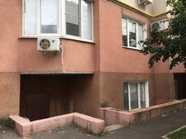 Продается помещения свободного назначения 116.4 кв. м в 10-этажном здании
