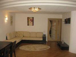 Продається 4-кімнатна квартира 180 кв. м у Полтаві