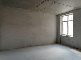 Здається в оренду офіс 77.8 кв. м в житловому фонді