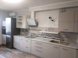 Продается 2-комнатная квартира 72 кв. м в Киеве