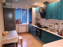 Продается 3-комнатная квартира 70 кв. м в Полтаве
