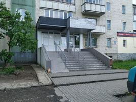 Здається в оренду приміщення вільного призначення 76 кв. м в 9-поверховій будівлі