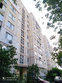 Продається 3-кімнатна квартира 70 кв. м у Василькові