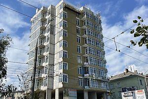 Продается 2-комнатная квартира 62 кв. м в Черновцах