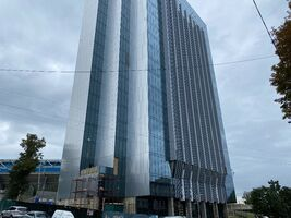Сдается в аренду офис 549.9 кв. м в бизнес-центре
