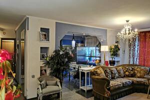 Продается 4-комнатная квартира 114 кв. м в Днепре