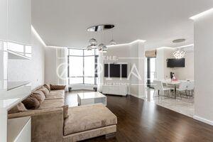 Сдается в аренду 3-комнатная квартира 129 кв. м в Киеве