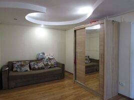 Продается 2-комнатная квартира 47.7 кв. м в Черкассах