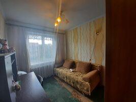 Продається 4-кімнатна квартира 61.2 кв. м у Полтаві