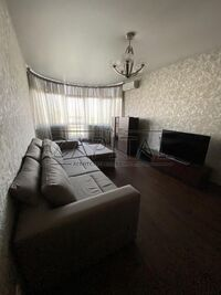 Сдается в аренду 1-комнатная квартира 54 кв. м в Киеве