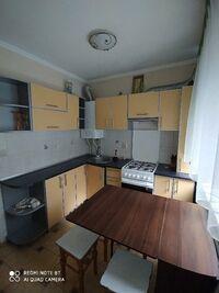 Здається в оренду 3-кімнатна квартира 49 кв. м у Тернополі