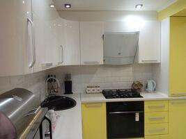 Продается 2-комнатная квартира 62.5 кв. м в Херсоне