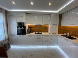 Продается 3-комнатная квартира 78 кв. м в Николаеве