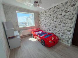 Продається 5-кімнатна квартира 115 кв. м у Одесі