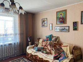 Продается 4-комнатная квартира 81 кв. м в Хмельницком