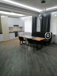 Здається в оренду 2-кімнатна квартира 72 кв. м у Полтаві