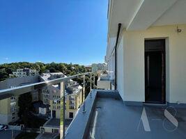Продається 3-кімнатна квартира 166.5 кв. м у Львові
