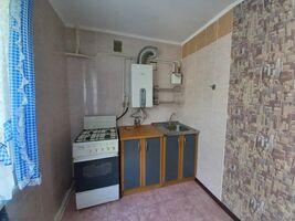 Продается 3-комнатная квартира 63 кв. м в Чернигове