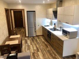 Продається 1-кімнатна квартира 42 кв. м у Києві