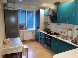 Продается 3-комнатная квартира 71 кв. м в Полтаве