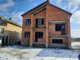 Продається будинок 2 поверховий 214 кв. м з садом
