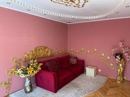 Продается 2-комнатная квартира 51 кв. м в Львове