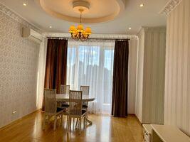 Продается 3-комнатная квартира 117 кв. м в Киеве