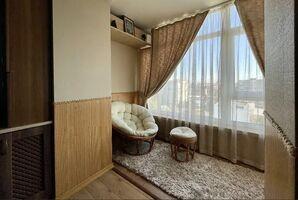 Продается 1-комнатная квартира 60 кв. м в Хмельницком