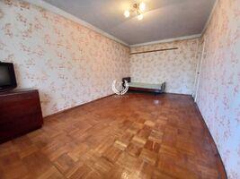 Продается 1-комнатная квартира 30.4 кв. м в Чернигове