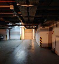 Здається в оренду підземний паркінг під легкове авто на 35 кв. м