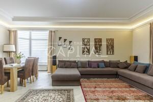 Сдается в аренду дом на 2 этажа 450 кв. м с участком