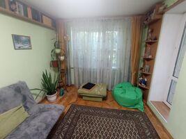 Продается 4-комнатная квартира 90.8 кв. м в Киеве